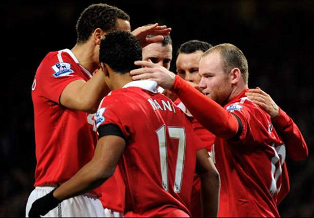 Manchester United 3-1 Aston Villa: Wayne Rooney double & Vidic goal fires warning to title rivals