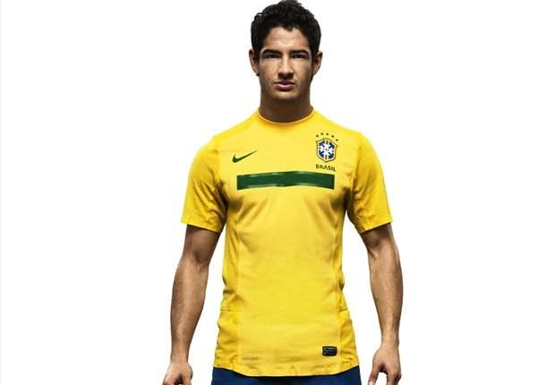 Brasilien: Angeschlagener Alexandre Pato bangt um Olympia-Auftakt