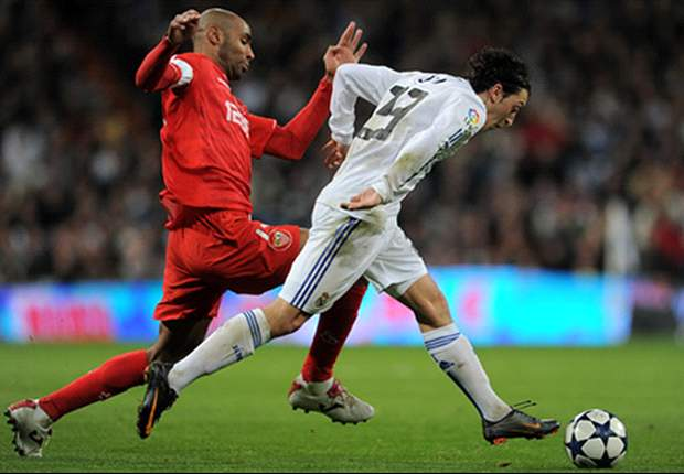Real Madrid 2-0 Sevilla (3-0 Agg.): Emmanuel Adebayor Nets First Goal As Los Blancos Edge Through To Final