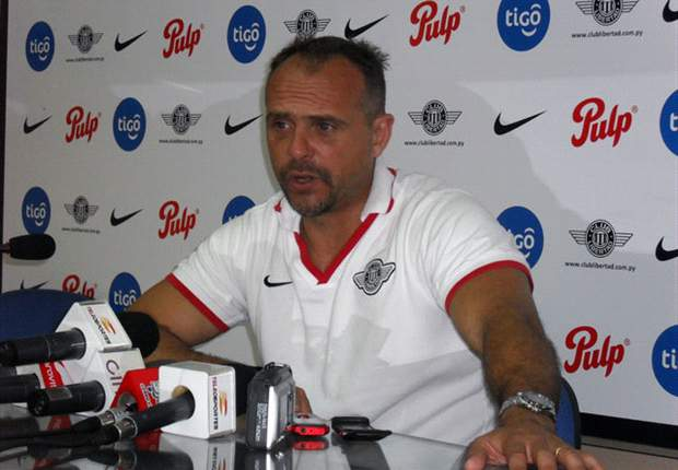 Javier Torrente resigns as coach of Newell's Old Boys