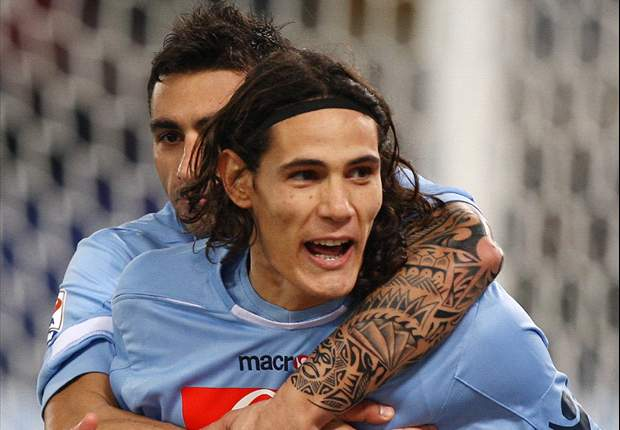 Edinson Cavani Hails Super Napoli After Win Over Roma