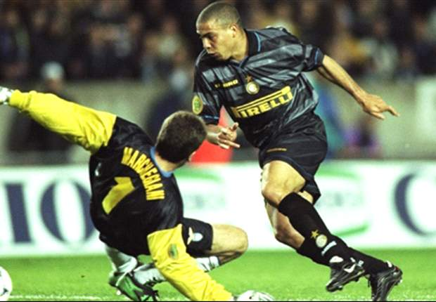 Crazy talent Ronaldo was the best player I have ever coached - former Inter boss Luigi Simoni
