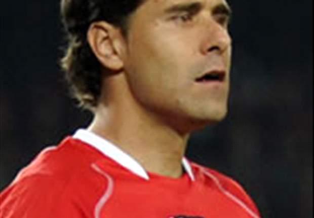 Deportivo's Scoring Goalkeeper Daniel Aranzubia Says Goal Against Almeria Was Lucky