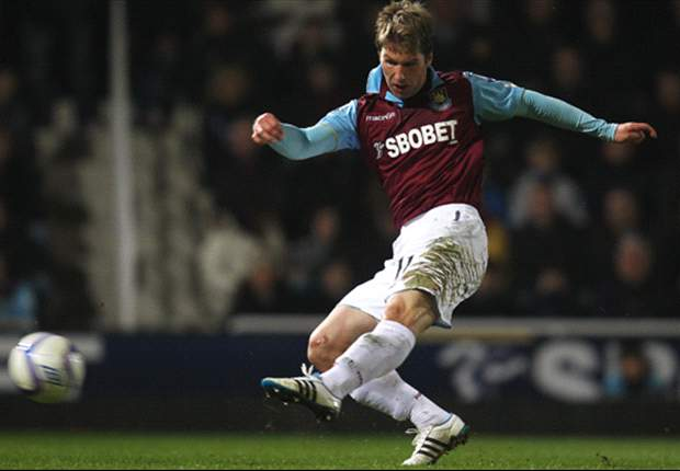 West Ham 5-1 Burnley: Hitzlsperger scores on long-awaited debut as Carlton Cole brace & Freddie Sears send Hammers through