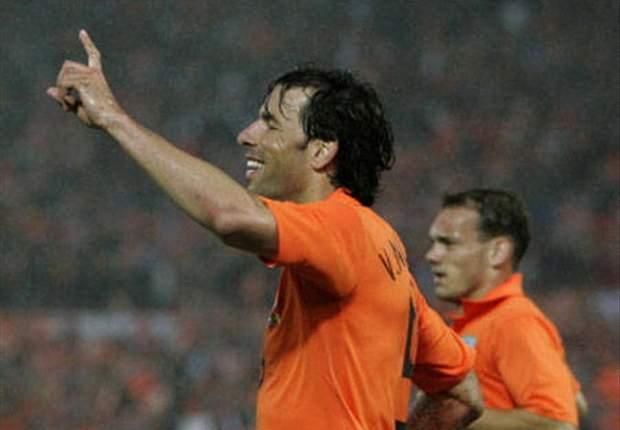 Ruud Van Nistelrooy Retires From Oranje