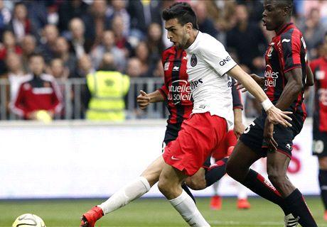 Pastore double sends PSG top