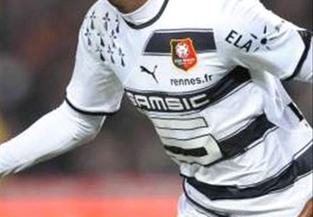 Official: Wolves sign Rennes winger Boukari