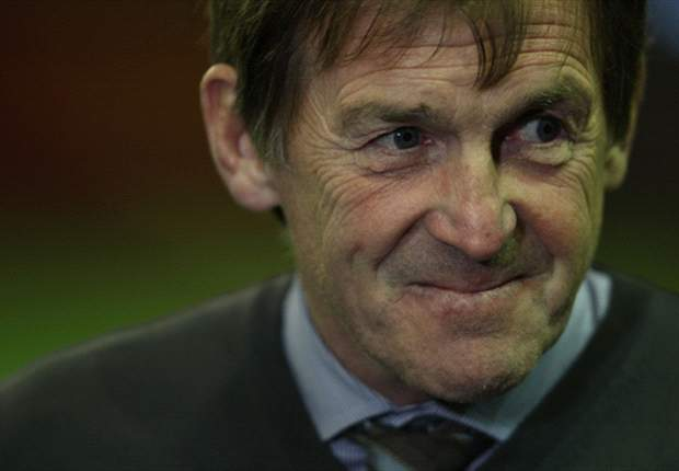 Liverpool manager Kenny Dalglish delighted with number of chances created against Manchester City