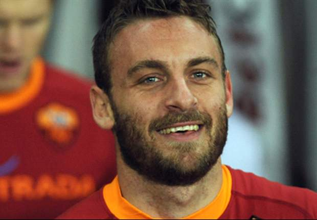 Luis Enrique: Manchester United & Chelsea target Daniele De Rossi is 'fundamental' for success at Roma