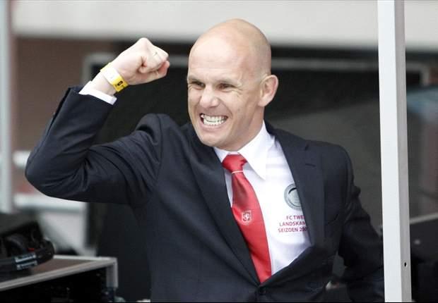 """Van Halst vol lof: """"Ajax voert duidelijk beleid"""""""