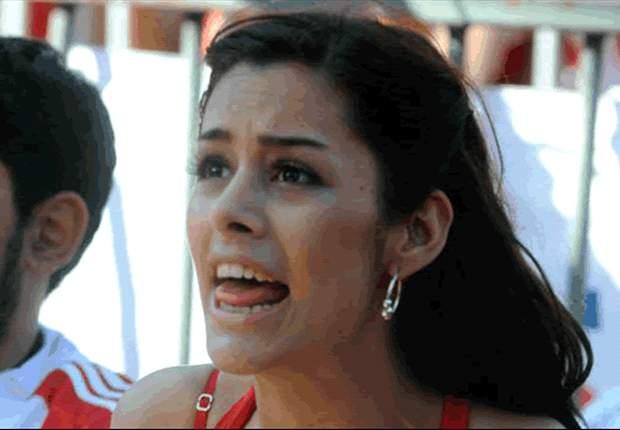 Larissa Riquelme celebrates Cerro Porteno title