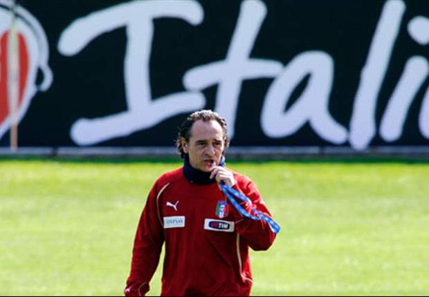 Cesare Prandelli wants to see character in Italy's performance against Spain