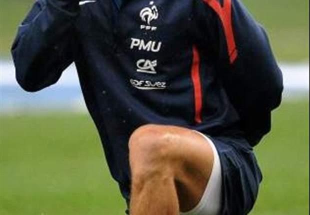 Atletico Madrid-Olympique Lyon Sepakat Tunda Transfer Yoann Gourcuff