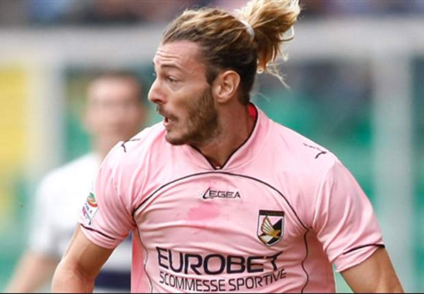 Palermo's Federico Balzaretti can join Paris Saint-Germain if he wants to, says Maurizio Zamparini