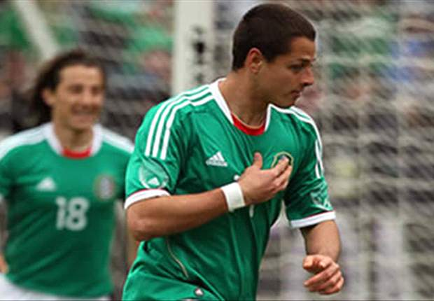 Mexico coach Luis Fernando Tena: Chicharito a 'natural candidate' for Olympic squad