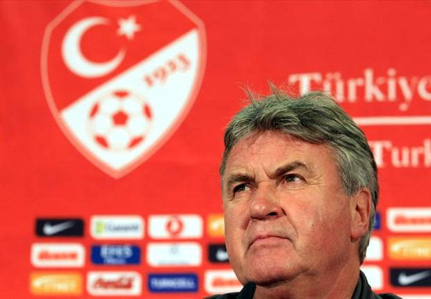 We would refuse Chelsea offer for Guus Hiddink - Turkish Football Federation