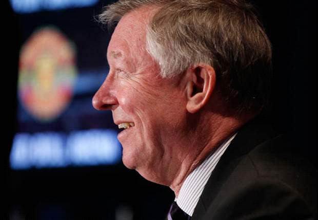 Sir Alex Ferguson: With the money they've spent, Manchester City will soon be challenging for trophies