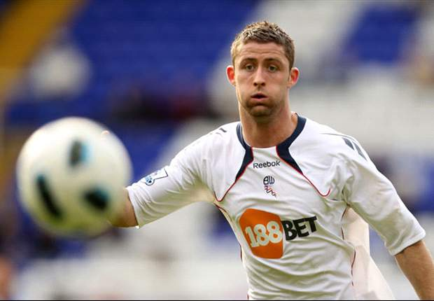 Arsenal to make improved £12m offer for Bolton defender Gary Cahill - report