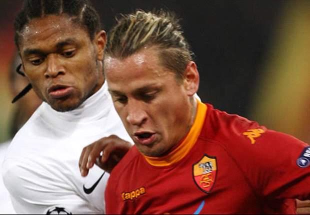 Uefa abre processo contra Luiz Adriano sobre gol polêmico desta terça
