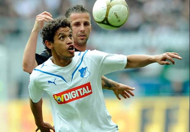 Carlos Eduardo admite que gostaria de jogar no Fluminense