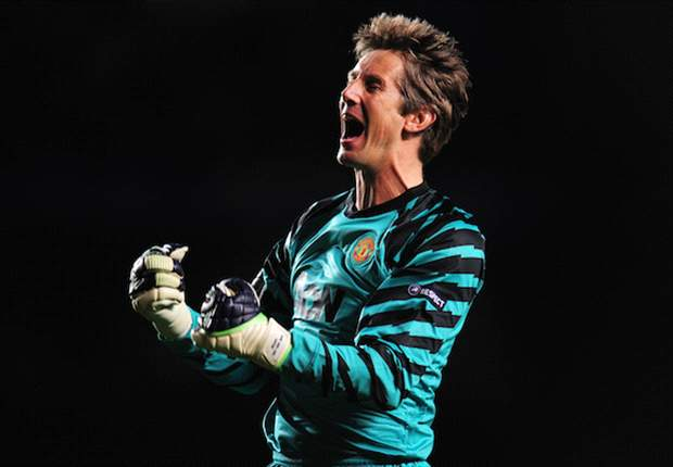 Manchester United goalkeeper Edwin van der Sar admits 'nobody really performed to their standard' in FA Cup semi-final defeat by Manchester City