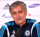 Mourinho: Critics want moon football