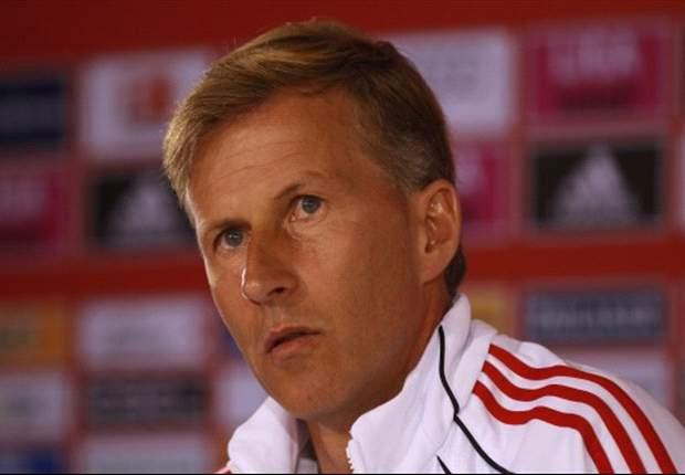 Bayern Munich's Andries Jonker: We're taking Eintracht Frankfurt very seriously