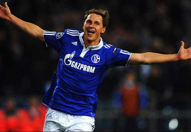 Benedikt Howedes Berharap Schalke 04 Jadi Juara Grup