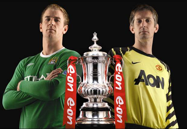 Edwin van der Sar insists his quest to win FA Cup winners' medal won't distract him during Manchester United's clash with City