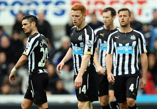 Newcastle United 2-3 Swansea City: Cork sends Carver's flops further into the mire