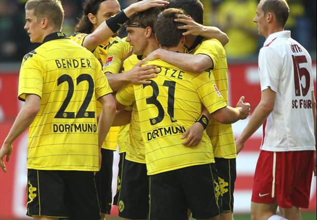 Borussia Dortmund 3-0 Freiburg: League leaders move eight points clear of Bayer Leverkusen