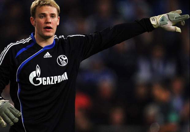 Bayern Munich increase offer for Manchester United target Manuel Neuer to £18m - report