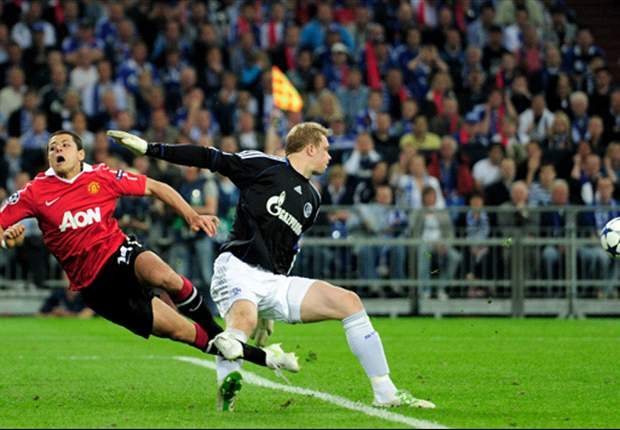 Schalke 0-2 Manchester United: Giggs And Rooney Hit Quickfire Double To End Incredible Manuel Neuer Resistance