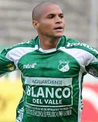 D. Álvarez