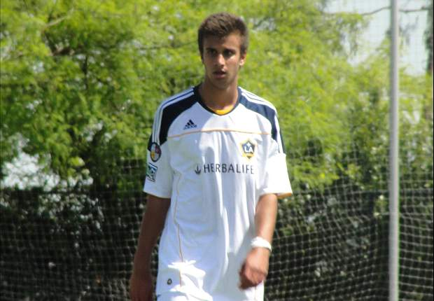 En Route: Chivas USA and Los Angeles Galaxy U-18 use late theatrics to settle on 2-2 draw
