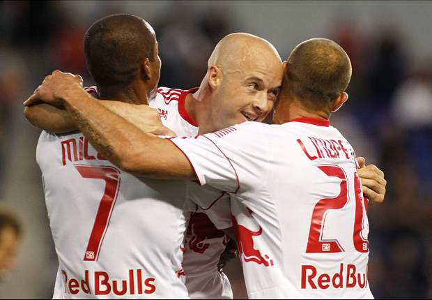 Red Bulls stick to winning ways in New York against Sporting