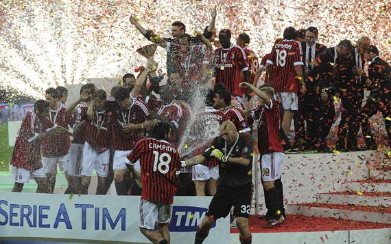 The great joy of the players of Milan after the scudetto conquest (Getty Images)