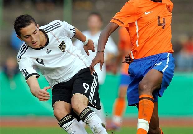 Feyenoord langer door met Kongolo (18)