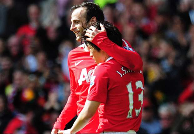 Manchester United 4-2 Blackpool: Holloway's men relegated despite leading at Old Trafford before second-half collapse