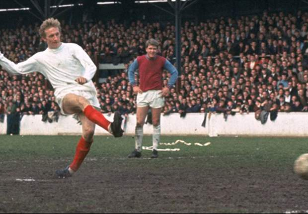 'The rivalry between the Manchester clubs is the hottest it's been since the 1960s' - United and City legend Denis Law