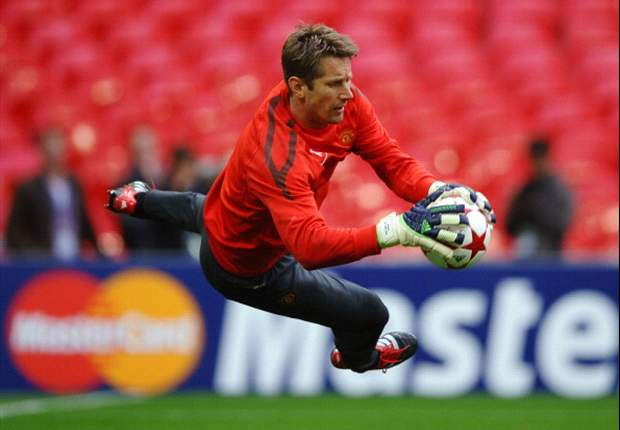 Edwin Van der Sar admits mistakes cost Manchester United against Barcelona in Champions League final