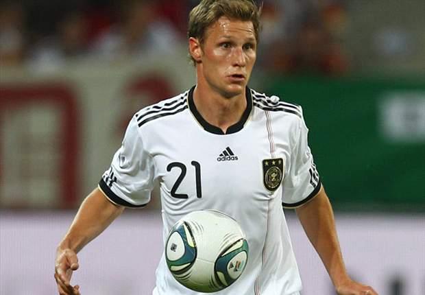 TEAM NEWS: Howedes & Aogo start for Germany against Azerbaijan