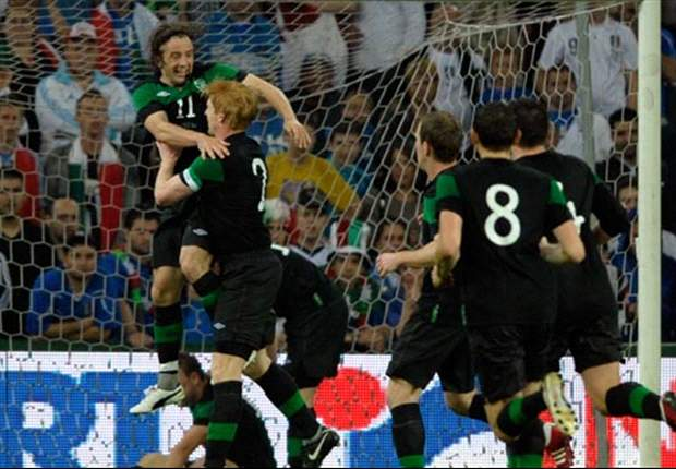 Italy 0-2 Republic of Ireland: Andrews & Cox on target as Trapattoni's men claim friendly win