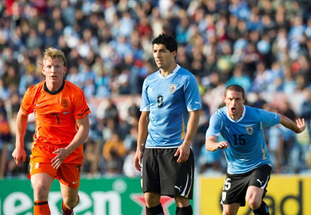 Uruguay 1-1 Netherlands (4-3 pens): South Americans claim victory on penalties after late goals from Luis Suarez and Dirk Kuyt