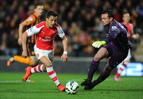 Sanchez shoots Arsenal level with City
