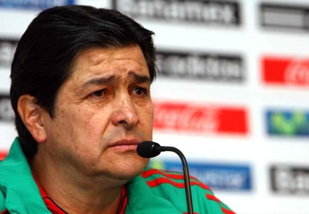 Luis Fernando Tena: Giovani dos Santos makes everyone around him better
