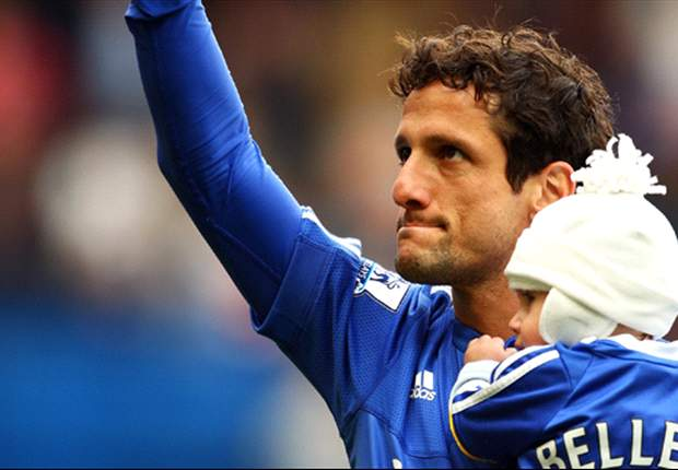 Send your questions to Juliano Belletti's live Twitter chat!