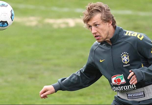 Brazil midfielder Lucas excited about the atmosphere in the upcoming Copa America clash against Venezuela