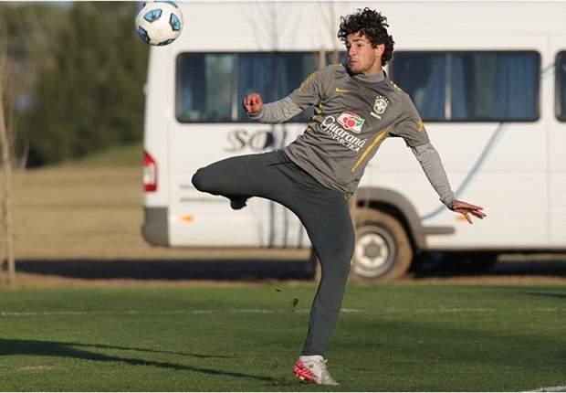 Brazil's Alexandre Pato Expresses Confidence In Mano Menezes