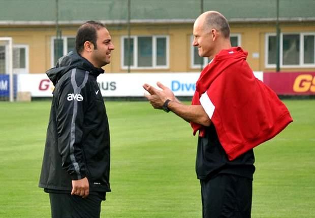 Taffarel elogia Dunga, mas diz que saída do Galatasaray é difícil